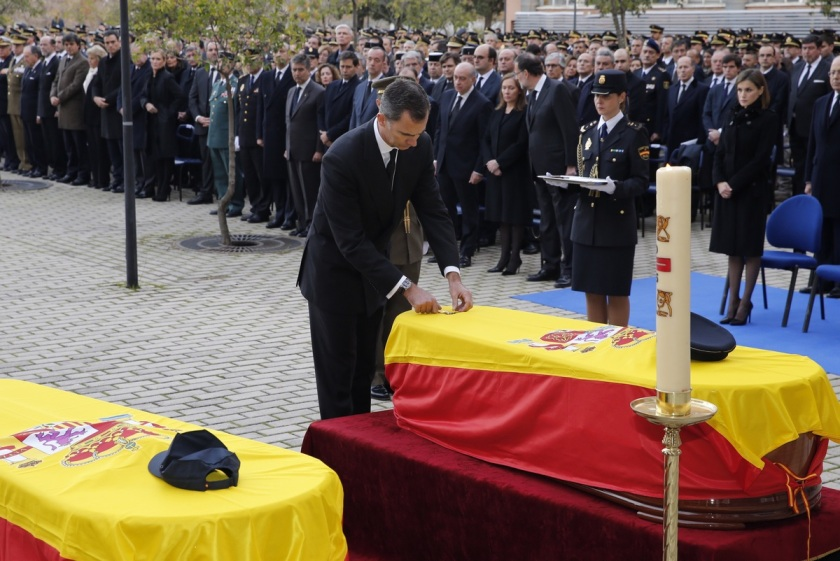 reyes_funeral_policia_20151215_19 (1)