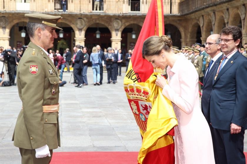 Salamanca_Entrega_bandera_20160613_1111